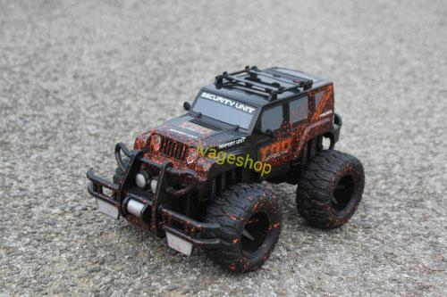 RC Jeep MUD čierny 1:16